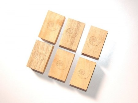 Cardas Golden Cuboids Myrtle Wood Blocks (Set of 6)