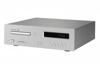 Luxman D-05u CD/SACD Player (With USB DAC)