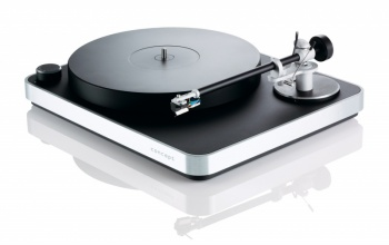 Clearaudio Concept MM Turntable with Concept V2 Cartridge