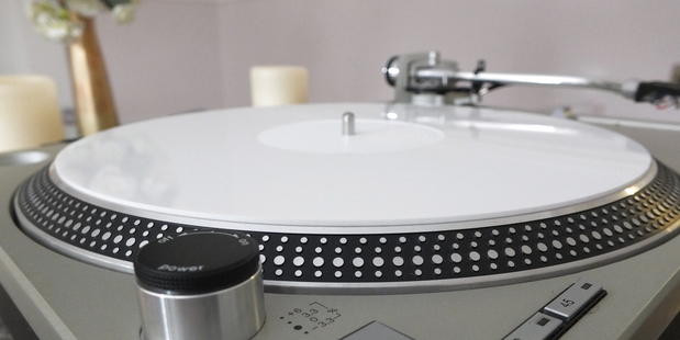 Analogue Studio White Perspex (Acrylic) Turntable Mat