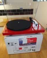 Pro-Ject Debut Carbon DC Turntable - Gloss Red (003024) - B Grade