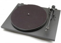 Pro-Ject Essential 2 Turntable - White - B Grade