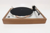 Pro-Ject The Classic Turntable - Walnut - B Grade (002153)