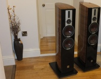 Dali Epicon 6 Speakers  Ex Demonstration (Walnut High Gloss Lacquer,)