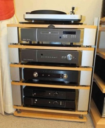 Naim Fraim Equipment Support System 5 Shelf Ex Demonstration[1]