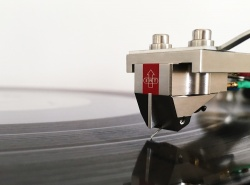 EMT JSD Platinum Stereo Phono Cartridge
