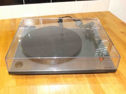Rega RP1 Turntable With Performance Pack- Cool Grey (Pre Owned)