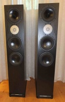 Spendor D9 Floor Standing Speakers In Black Ash (Open Box)