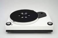 Roksan Xerxes. 20 Plus Turntable  (Piano White)