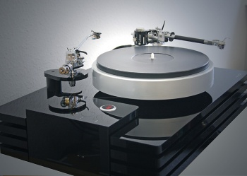 Amazon Audio First Choice Turntable