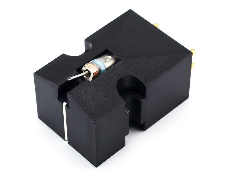 Denon DL103 EM Low Output MC Cartridge