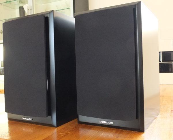 Wonderbaar Dynaudio Emit M20 Loudspeakers Satin Black - B Grade SI-59