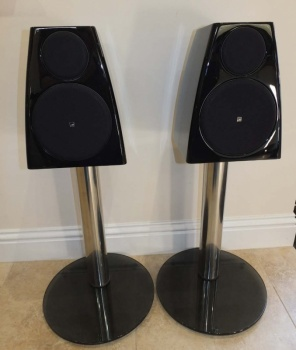 Meridian DSP3200 Digital Active Loudspeakers With Audio Core 200 Controller Package - Pre Owned