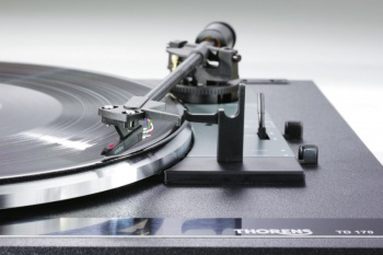 Thorens TD 170-1 3 Speed Turntable