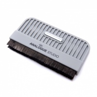 Analogue Studio Hand Held Vinyl Carbon Fibre Record Cleaning Brush