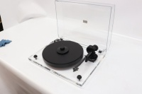 Pro-Ject 2 Xperience DC Acryl Turntable (B-Grade) (001068)