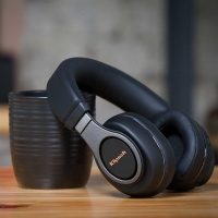 Klipsch Reference Over Ear Bluetooth Headphones