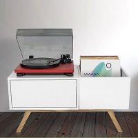 Glorious Turntable Lowboard Equipment Stand and Record Storage