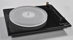 Edwards Audio TT3SE Turntable