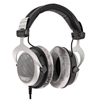 Beyerdynamic DT 880 Edition Headphones