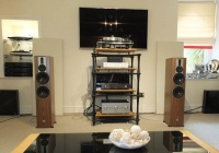 Dali Rubicon 6 Loudspeakers Walnut (Ex Demonstration)